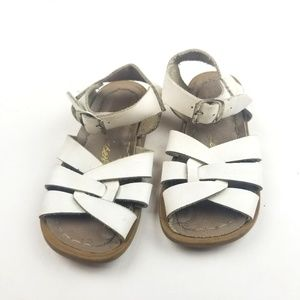 Girls Saltwater White Buckle Sandals Size 8